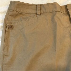 Khaki brown Ralph Lauren dress shorts size 12